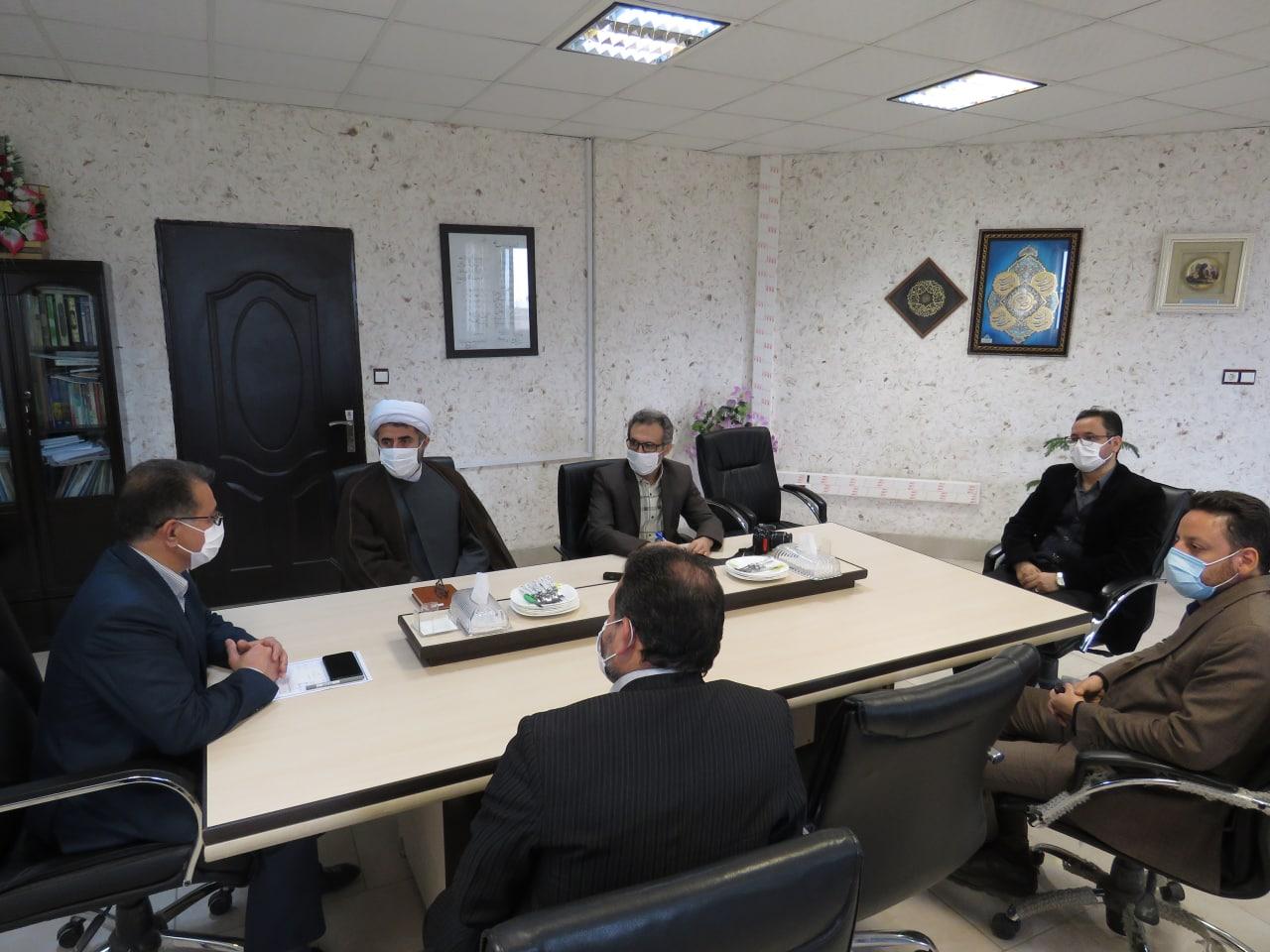 دیدار رئیس دانشگاه پیام نور استان مرکزی با فرماندار فراهان